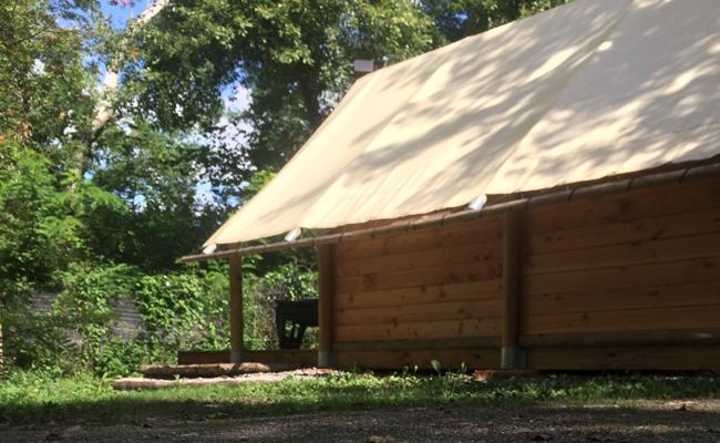 campinglesgrillons-trappeur-2